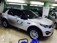 automobile pick up Land Rover