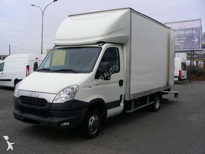 utilitaire caisse grand volume iveco daily 35c15 occasion n 1930404. Black Bedroom Furniture Sets. Home Design Ideas
