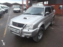coche pick up Mitsubishi