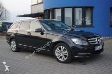 carro berlina Mercedes
