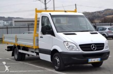 utilitaire plateau ridelles Mercedes