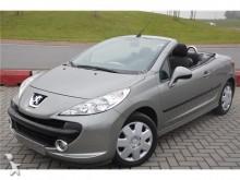 coche descapotable Peugeot