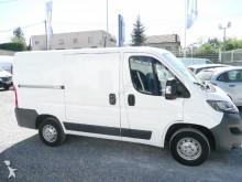 vehículo comercial Peugeot