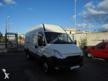 outra carrinha comercial Iveco