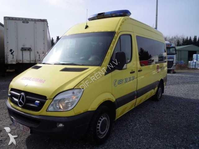 ambulance occasion 82 annonces de ambulance vh m dicale d 39 occasion vendre. Black Bedroom Furniture Sets. Home Design Ideas