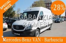 otra furgoneta Mercedes