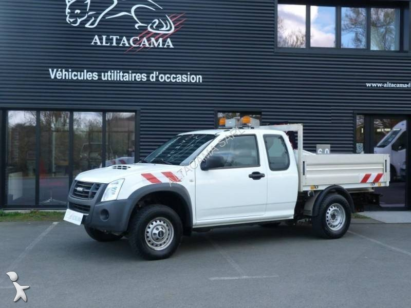 utilitaire plateau isuzu ridelles d max single satellite. Black Bedroom Furniture Sets. Home Design Ideas