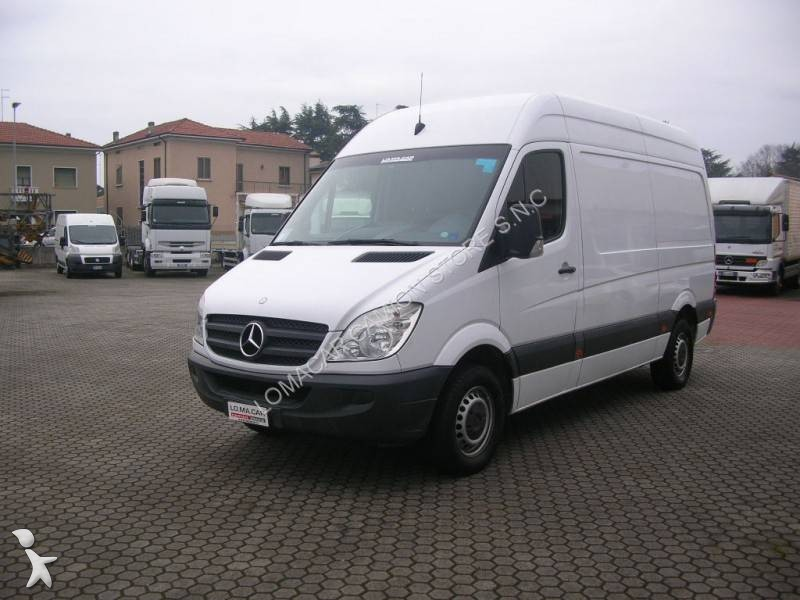 fourgon utilitaire mercedes sprinter 311 cdi 4x2 occasion n 2042538. Black Bedroom Furniture Sets. Home Design Ideas