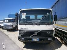 furgoneta chasis cabina Volvo