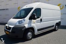 furgão comercial Peugeot
