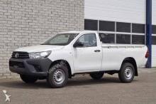 Toyota HiLux (4 units)