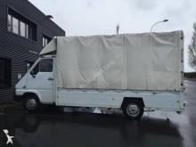 comercial estrado caixa aberta chapa com lona Renault
