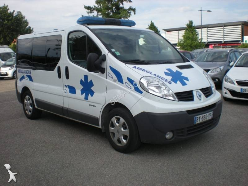 ambulance occasion renault trafic l2h1 2 5l dci 150 cv. Black Bedroom Furniture Sets. Home Design Ideas