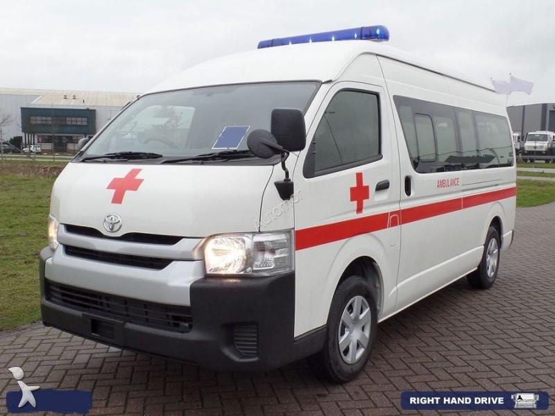 ambulance toyota hiace ambulance rhd lhd 4x4 neuf n 2094721. Black Bedroom Furniture Sets. Home Design Ideas
