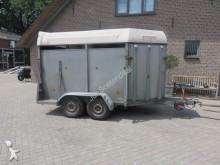 veículo utilitário transporte de cavalos usado
