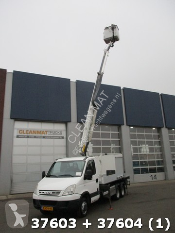 Voir les photos Véhicule utilitaire Iveco 40 C 18 +Veldhuizen Colombo 16 meter Klein rijbewijs