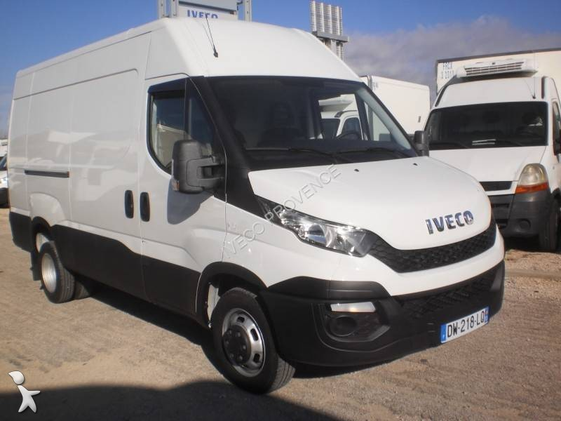 fourgon utilitaire iveco daily 35c13v12 4x2 gazoil occasion n 2341642. Black Bedroom Furniture Sets. Home Design Ideas
