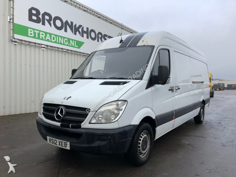 fourgon utilitaire mercedes sprinter 313 cdi right hand. Black Bedroom Furniture Sets. Home Design Ideas