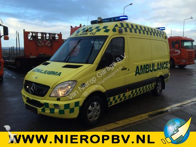 ambulance mercedes sprinter 315cdi ambulance occasion n 2404223. Black Bedroom Furniture Sets. Home Design Ideas