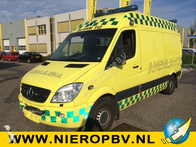 ambulance mercedes sprinter 315cdi ambulance occasion n 2404225. Black Bedroom Furniture Sets. Home Design Ideas