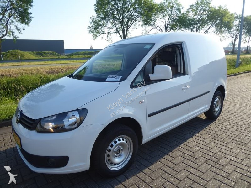 fourgon utilitaire volkswagen caddy 1 6 tdi gazoil occasion n 2460563. Black Bedroom Furniture Sets. Home Design Ideas