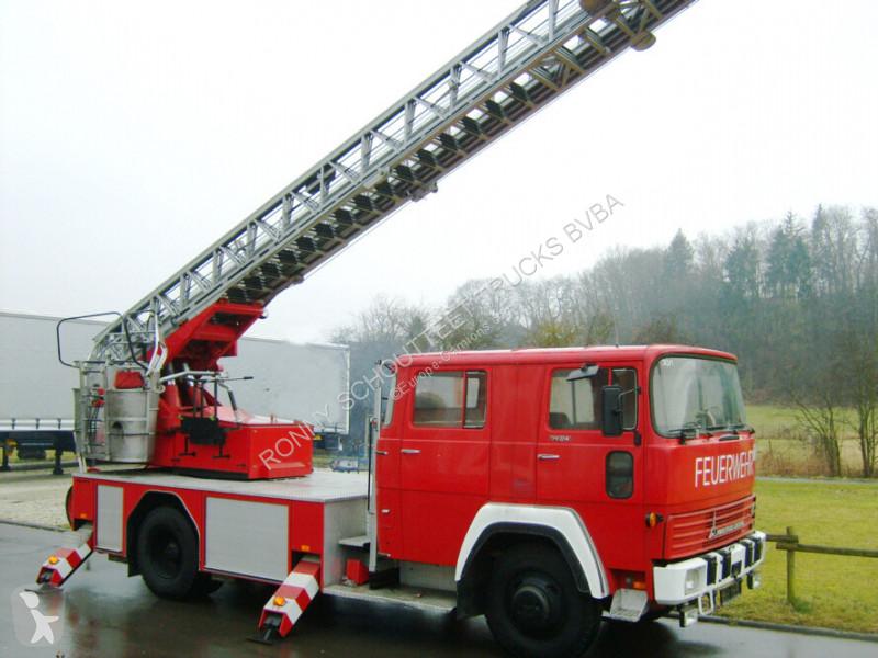Véhicule utilitaire nc DEUTZ FM 170 D 12F MAGIRUS DEUTZ FM 170 D 12F Feuerwehr Drehleiter