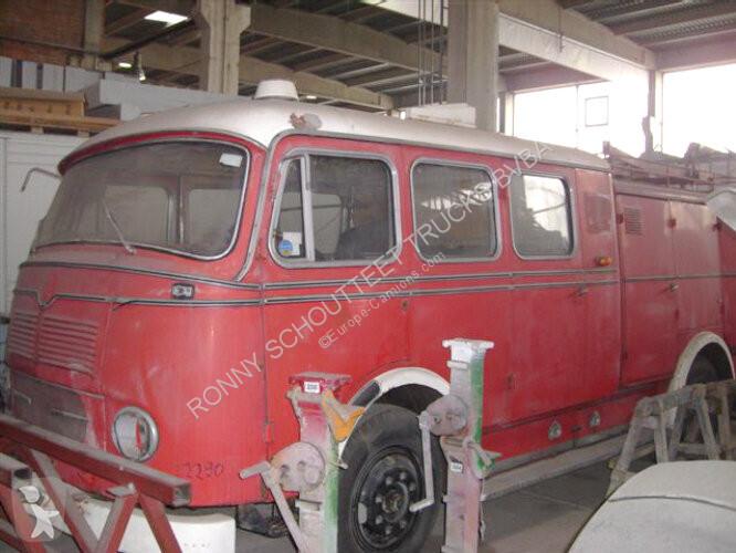 Voir les photos Véhicule utilitaire Mercedes - LPF 311 LPF 311 4x2 Feuerwehr Löschwagen