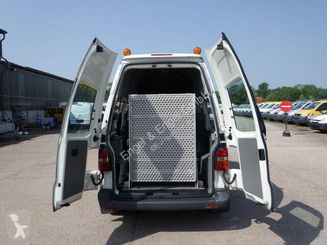 Véhicule utilitaire Volkswagen Transporter T5 1,9l Klima - Auffahrrampe Behinde
