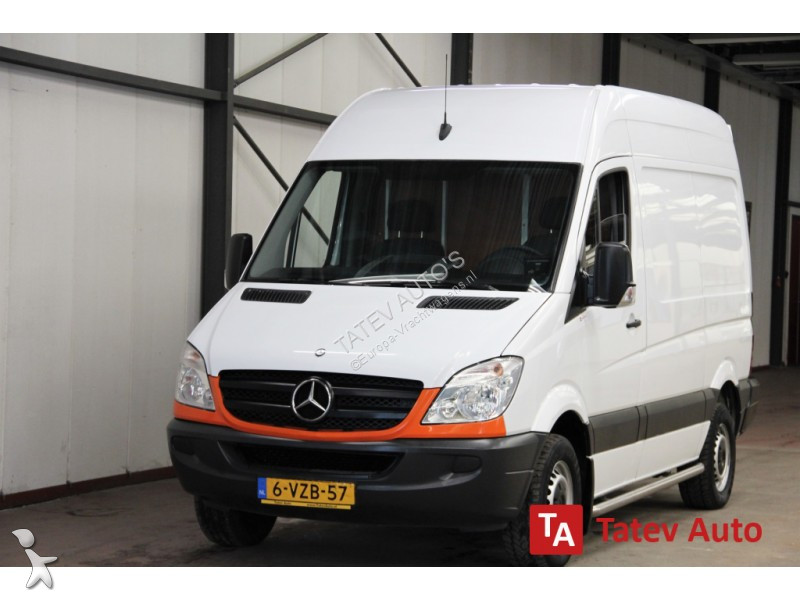 gebrauchter mercedes sprinter koffer 310 2 2 cdi l1h2 met. Black Bedroom Furniture Sets. Home Design Ideas