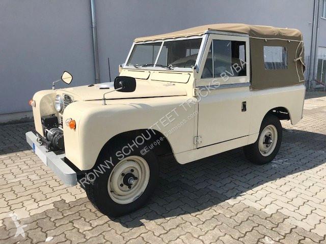 Voir les photos Véhicule utilitaire Land Rover Rover LR 88 Serie II, 2.3 Liter LHD  Rover LR 88 Serie II, 2.3 Liter LHD