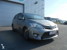 véhicule utilitaire Toyota