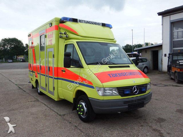gebrauchte kranken rettungswagen 65 anzeigen von kranken. Black Bedroom Furniture Sets. Home Design Ideas