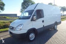 Iveco Daily 35S11 11V12 Enkellucht