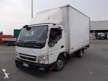 furgon dostawczy Mitsubishi