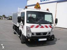 camioneta Ampliroll Nissan