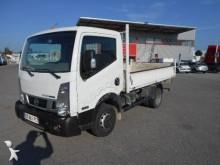 Nissan standard tipper van
