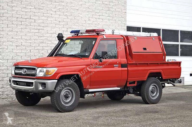 Véhicule utilitaire Toyota SINGLE CAB FIRE TRUCK