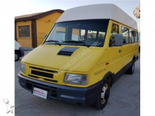 voiture Iveco