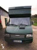 veículo utilitário transporte de cavalos Iveco