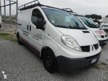 Vedeţi fotografiile Vehicul utilitar Renault