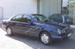 Mercedes 240