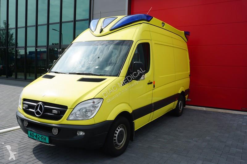 Véhicule utilitaire Mercedes 300-serie 313 CDI Ambulance, 2010 sprinter