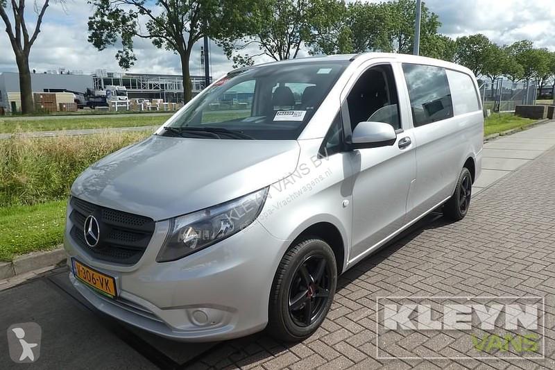 Voir les photos Véhicule utilitaire Mercedes 114 CDI dub cab 6 pers airco