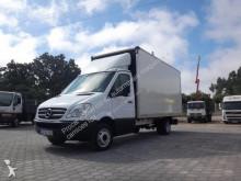 furgão comercial Mercedes