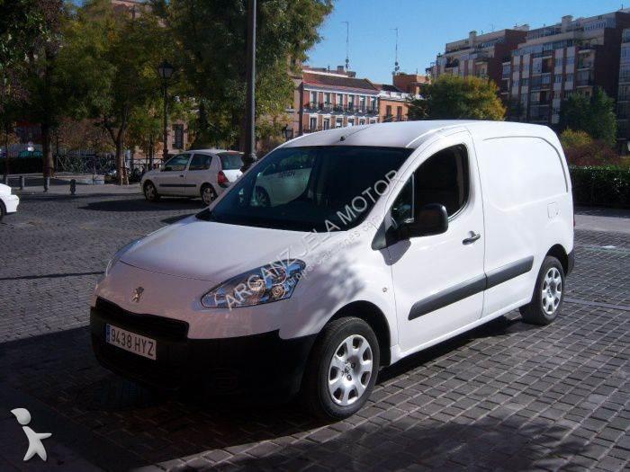 Ver las fotos Furgoneta Peugeot Furgón 1.6HDI Confort L1