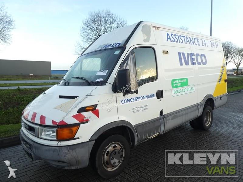 Bedrijfswagen Iveco 35 C11V12 L2H2 longhigh motor kaput