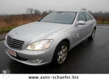 coche descapotable Mercedes