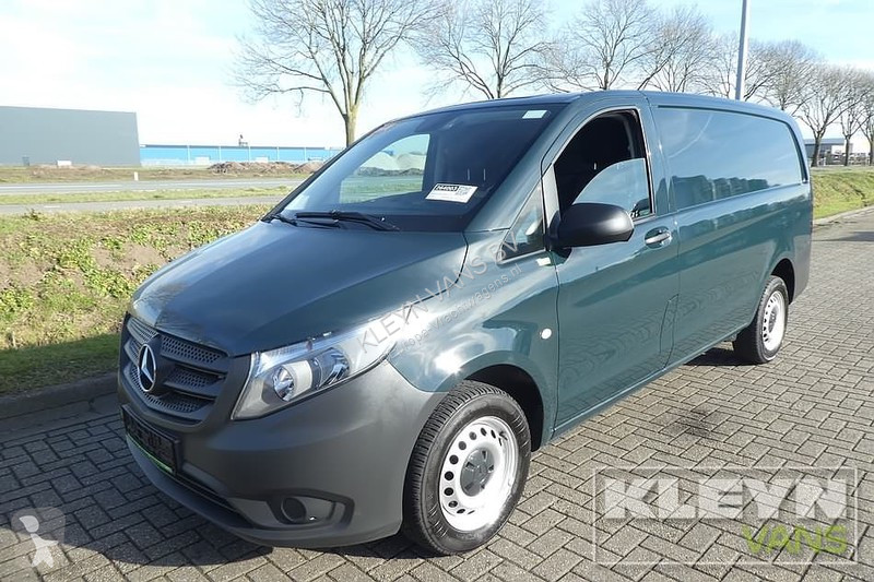 Véhicule utilitaire Mercedes 114 CDI lang airco