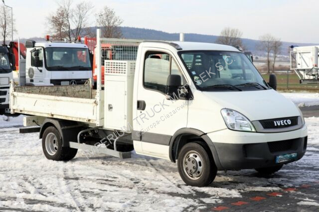 Pojazd dostawczy Iveco DAILY 35C13/ 2.3 125 HP / TIPPER UP TO 3,5 T