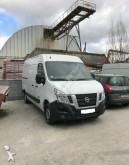 véhicule utilitaire Nissan NV400